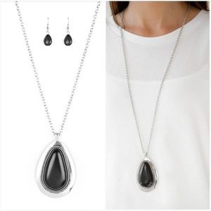 BADLAND TO THE BOSS BLACK NECKLACE/EARRING SET
